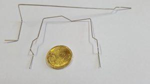 Gebogener Kontakt - Vergleich 20 Cent Münze