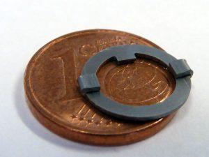 Technische Feder - Vergleich 1 Cent Münze